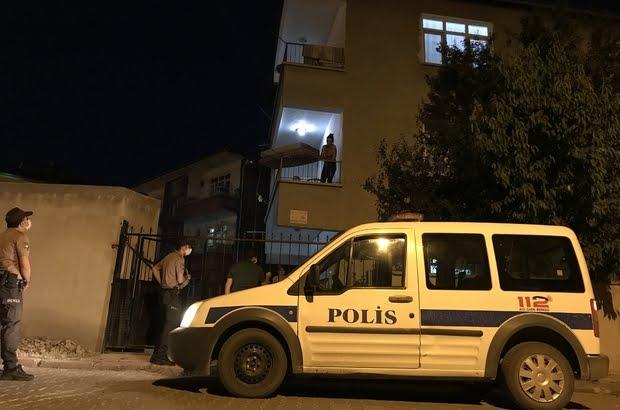 Polis karantinada olan  hastaları denetliyor