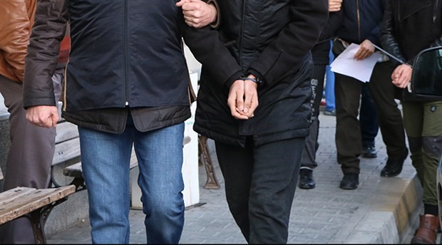 6 şüpheliden 2'si tutuklandı