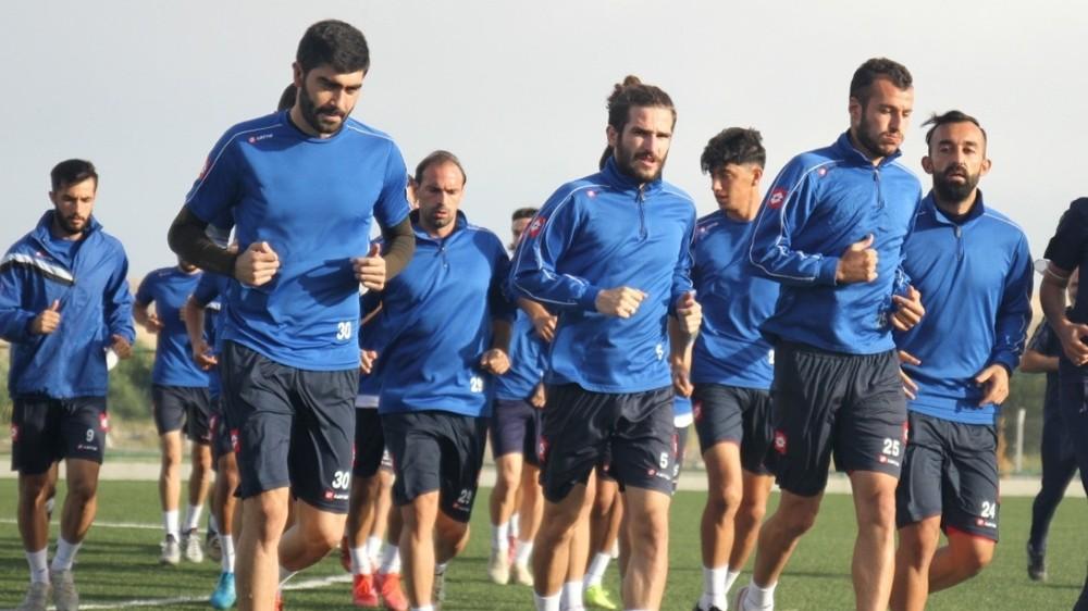 Kırıkkalespor'da, 9 futbolcu pozitif çıktı