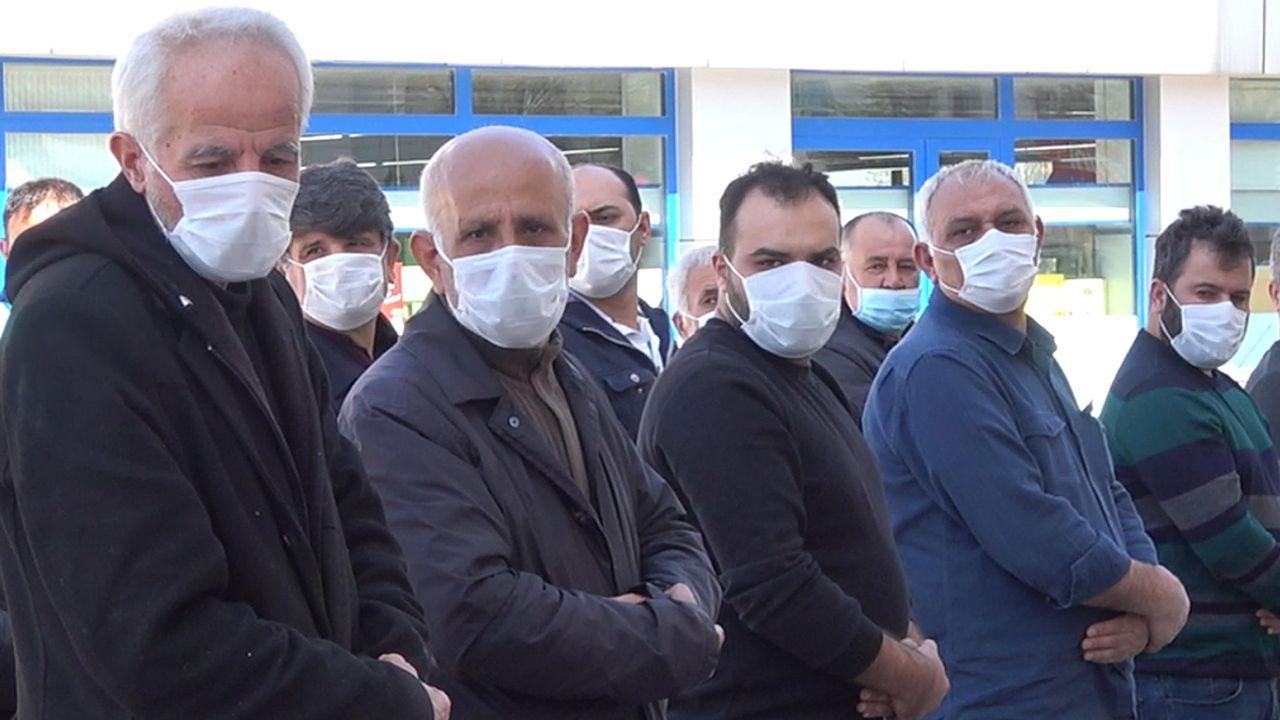 Gazi cenazesinde maske hassasiyeti