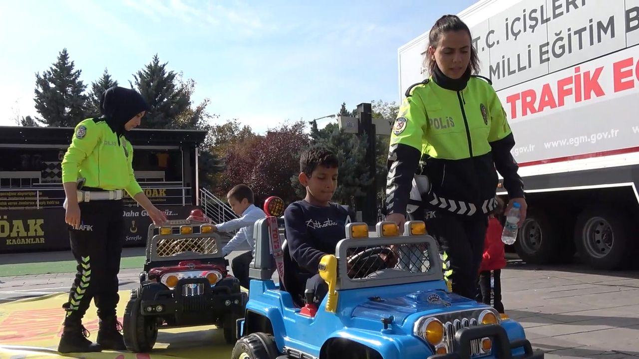 Mobil Trafik Eğitim Tırı Kırıkkale'de