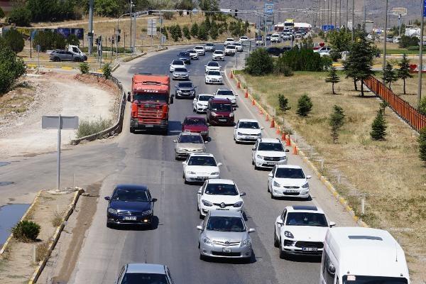 Kırıkkale'de trafik yoğunluğu