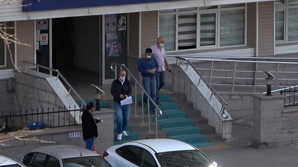 Adliye önünde eşini bıçaklayan kişi tutuklandı