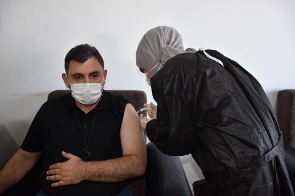 Kırıkkale'de OSB'deki işçilere Covid-19 aşısı